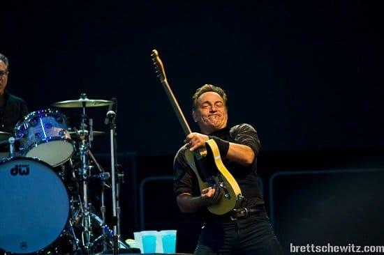 Bruce-Springsteen-22 Interesting Tweople: @SchweppsRocka