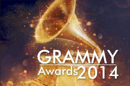 """Taylor Swift gets """"attacked"""" at the Grammy Awards (Video) 2"""