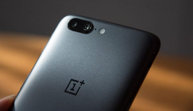 One Plus 6 - Smartphones