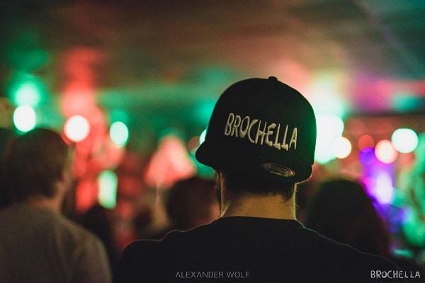 Brochella Cap