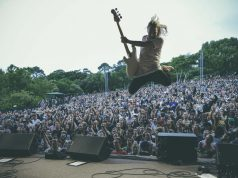 Valkie jumps by Andre Badenhorst