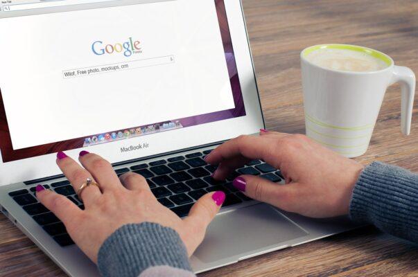Link Building - Google on Screen