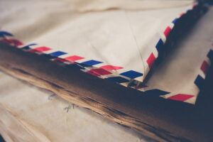 Mail Forwarding: 5 Reasons Why You Need It