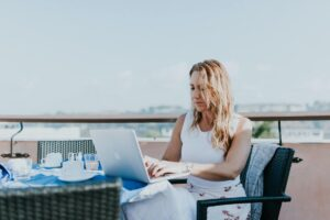 6 Of The Best Places for Remote Work for Freelance Writers