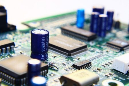 Capacitor or Resistor - Components Online