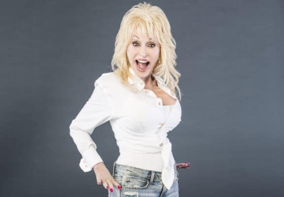 Dolly Parton - Interesting Music Facts