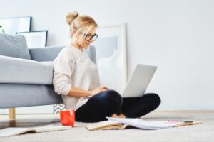 5 Tips On Getting Dressed When You're Working From Home
