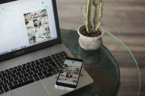 Make Impressive Ads Laptop and Mobile Phone