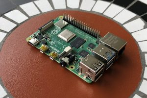 How to Use A Raspberry Pi to Teach Your Kids at Home